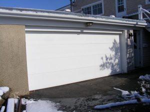 poarta garaj1